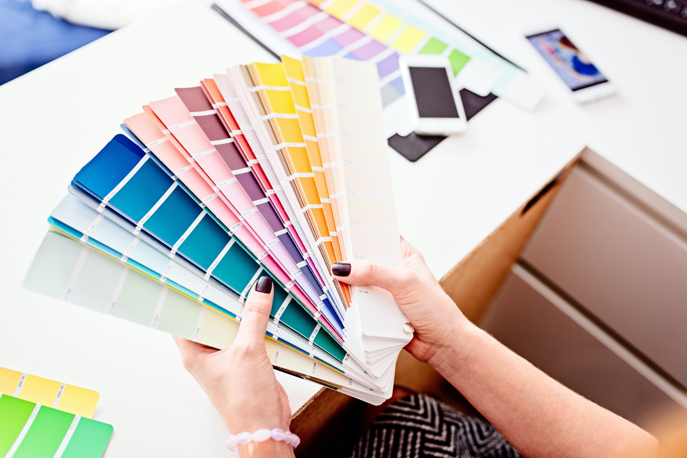 The Art of Colour Psychology in Personalised T-Shirt Printing
